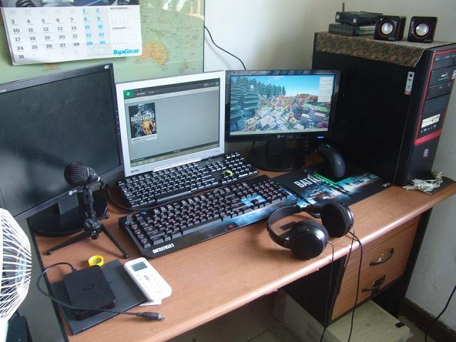 Desktop_Razer4_92.jpg