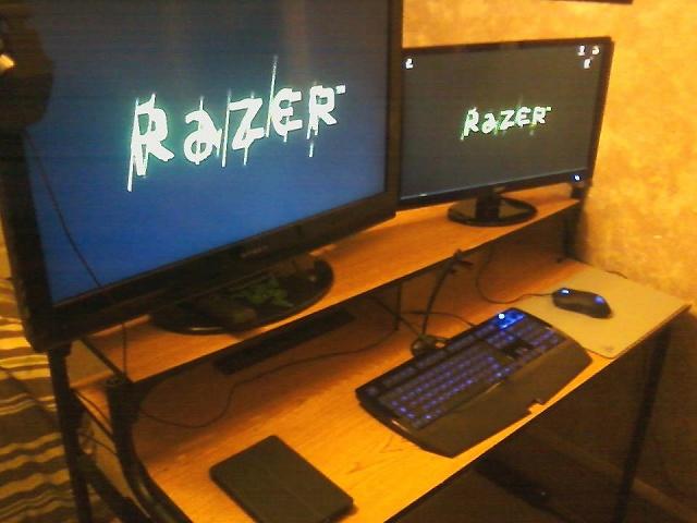 Desktop_Razer4_95.jpg