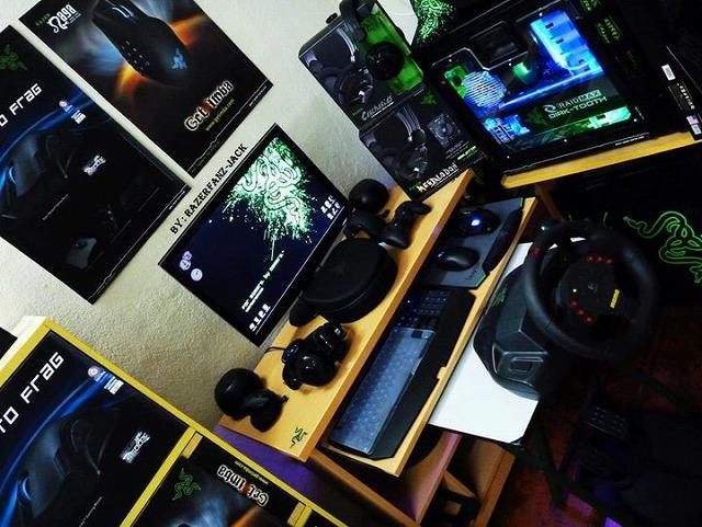 Desktop_Razer_018.jpg