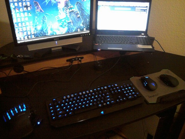 Desktop_Razer_042.jpg