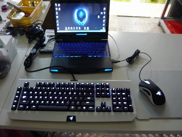 Desktop_Razer_065.jpg