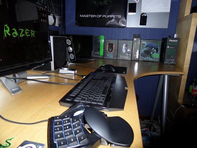 Desktop_Razer_075.jpg