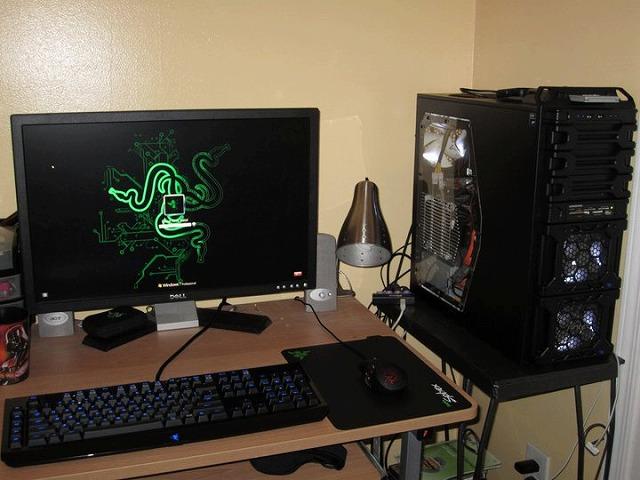 Desktop_Razer_084.jpg
