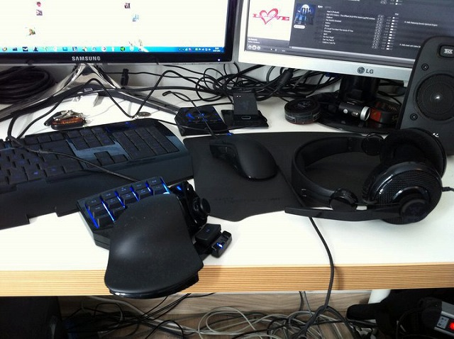 Desktop_Razer_086.jpg