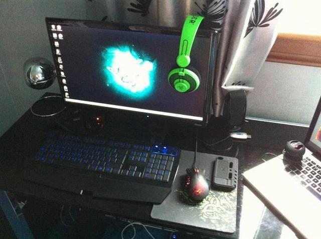 Desktop_Razer_113.jpg
