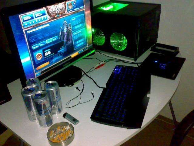 Desktop_Razer_122.jpg