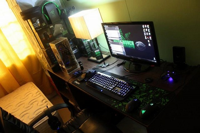 Desktop_Razer_147.jpg