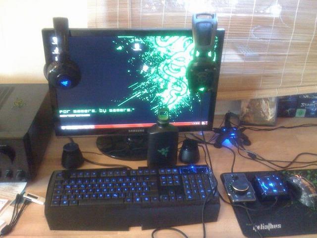 Desktop_Razer_217.jpg