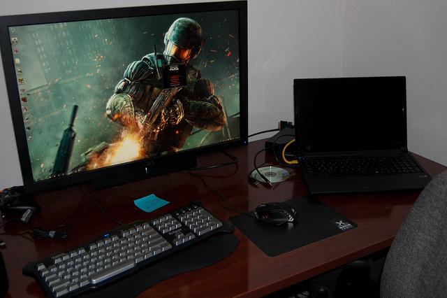 Desktop_WQHD_25.jpg