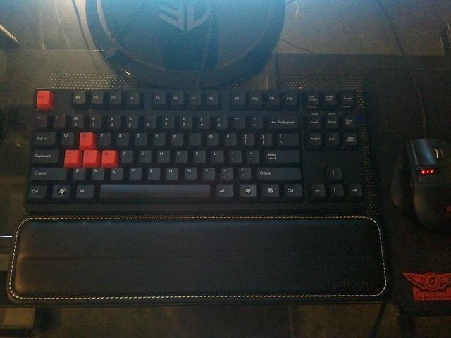 Mechanical_Keyboard_66.jpg