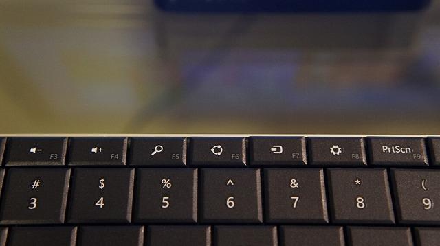 Wedge_Mobile_Keyboard_16.jpg