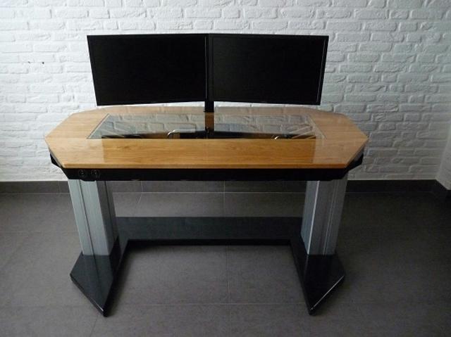built-in_PC-Desk_02.jpg