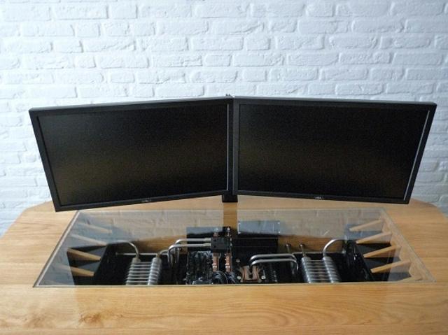 built-in_PC-Desk_04.jpg