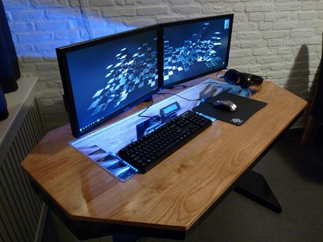 built-in_PC-Desk_07.jpg