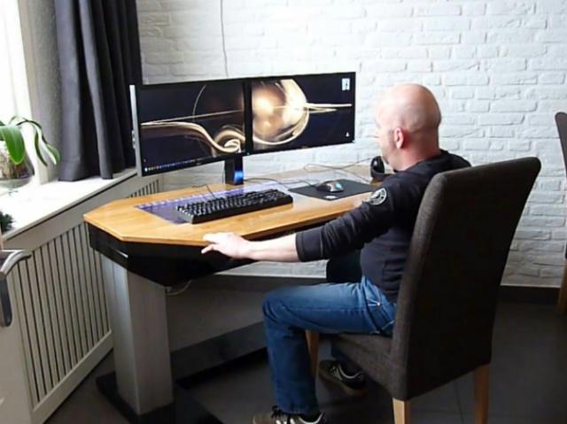 built-in_PC-Desk_09.jpg
