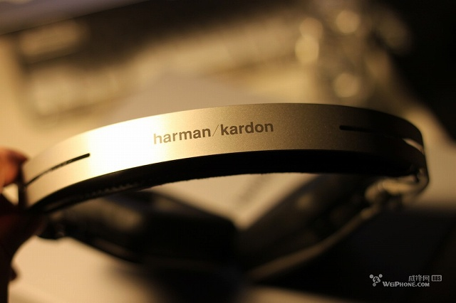 harman_kardon_BT_09.jpg