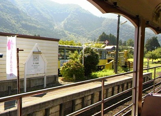 会津・芦ノ牧温泉駅で撮影